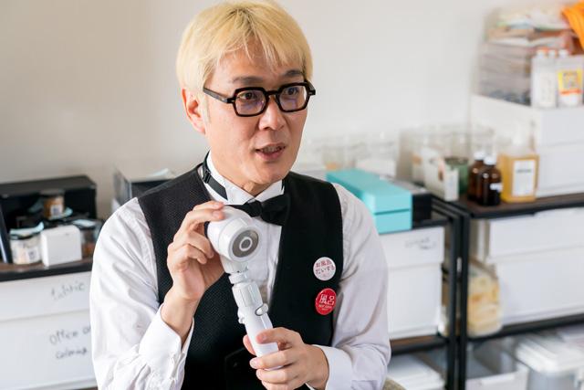 シャワーヘッドの選び方を語る松永氏